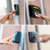 Kiểm soát cửa ra vào: thẻ cảm ứng hay sinh trắc học?